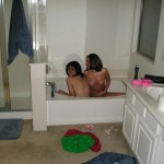 Sexy Amateur Teen unter der Dusche