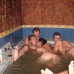 Gruppensex im Pool