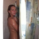 Sexy Girl im Badezimmer