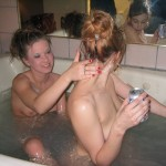 Sexy Bathtub Babes