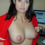 Geile Mutti mit dicken Brüsten