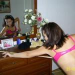 Schwangere Amateurweib wäscht sich